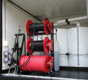 Mobile Wash Vehicle - Triple Hose Spool Rack System